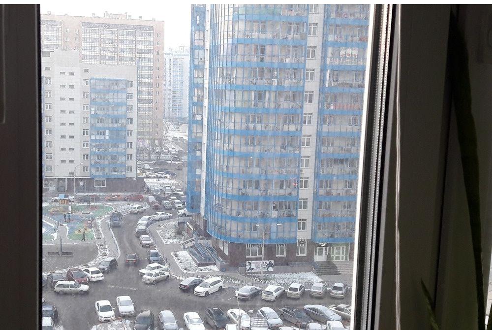 Продажа 1-комнатной квартиры, Красноярск, Карамзина,  16