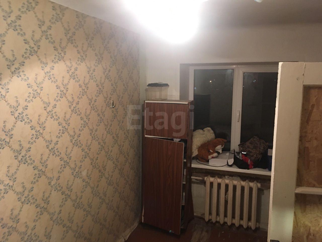 Продажа 2-комнатной квартиры, Красноярск, Комбайностроителей,  8а
