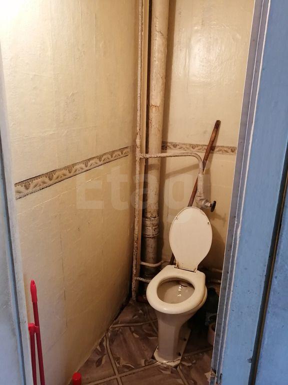 Продажа 2-комнатной квартиры, Красноярск, Семафорная,  321