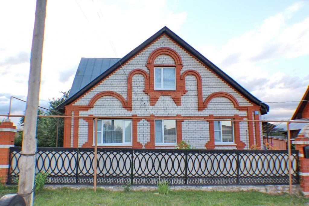 Дмитриевская Слобода, Овражная, дом кирпичный с участком 10 cот на продажу