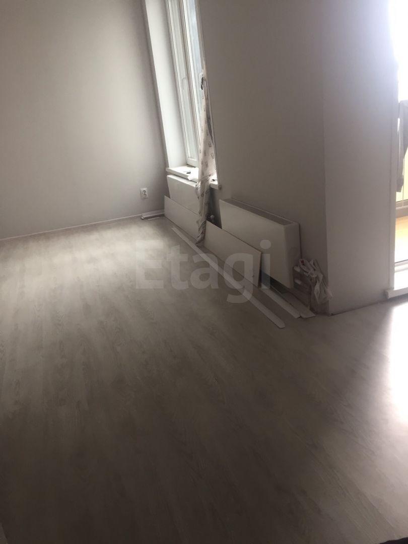 Продажа 1-комнатной квартиры, Красноярск, Алексеева,  46