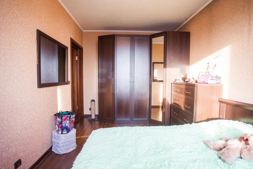Продажа 4-комнатной квартиры, Красноярск, Красной Армии,  121
