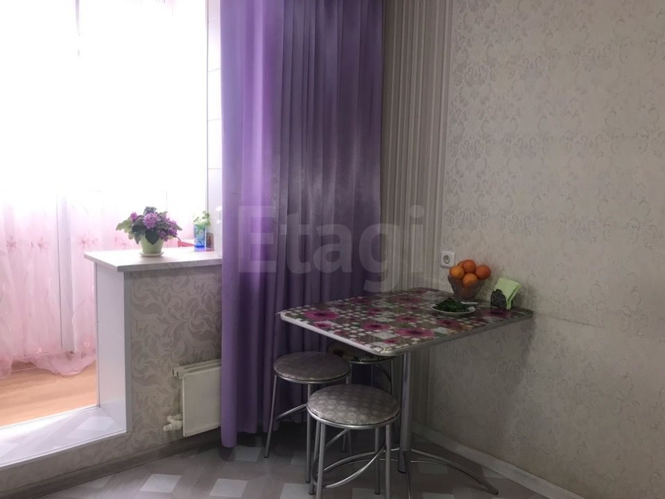 Продажа 1-комнатной квартиры, Красноярск, Серова,  10