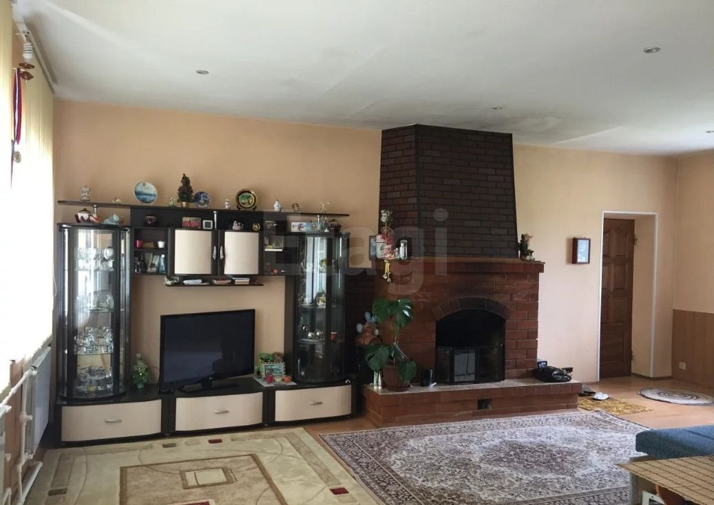Загряжское, Дачная, дом кирпичный с участком 15 cотка на продажу