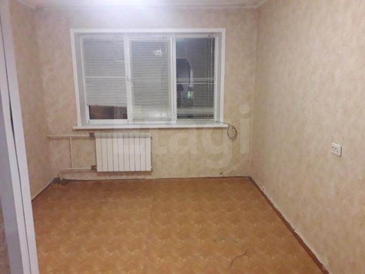Продажа комнаты, Красноярск, Джамбульская,  19а