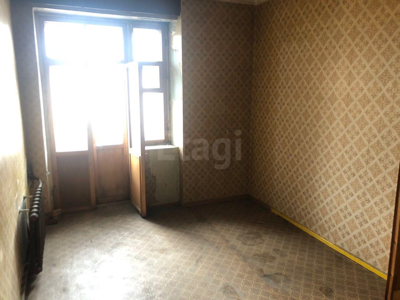 Продажа 4-комнатной квартиры, Красноярск, Мира пр-т,  120