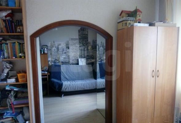 Продажа 4-комнатной квартиры, Красноярск, Металлургов пр-т,  6