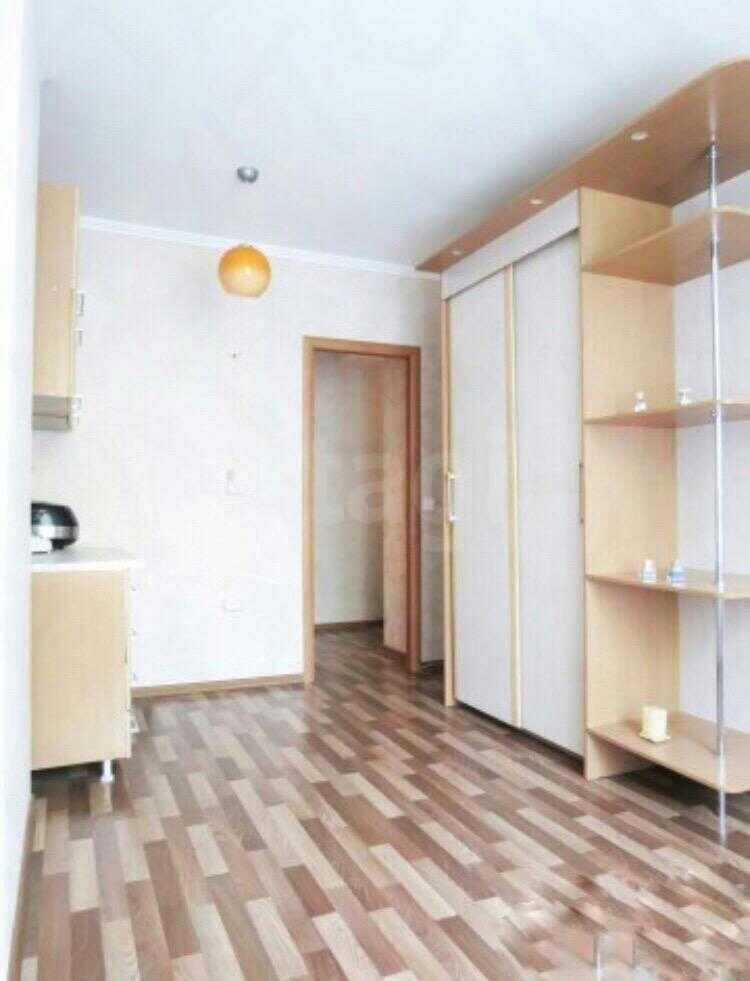 Продажа 3-комнатной квартиры, Красноярск, Парижской Коммуны,  10