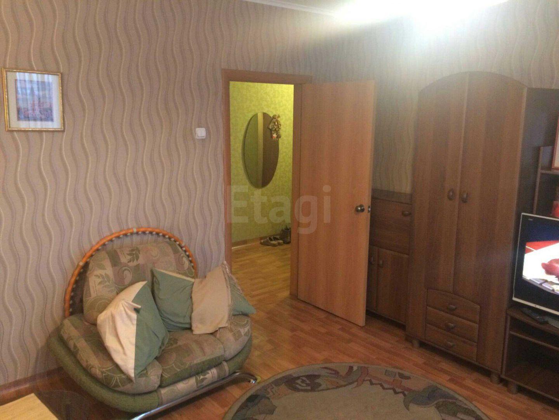 Продажа 2-комнатной квартиры, Красноярск, Горького,  37