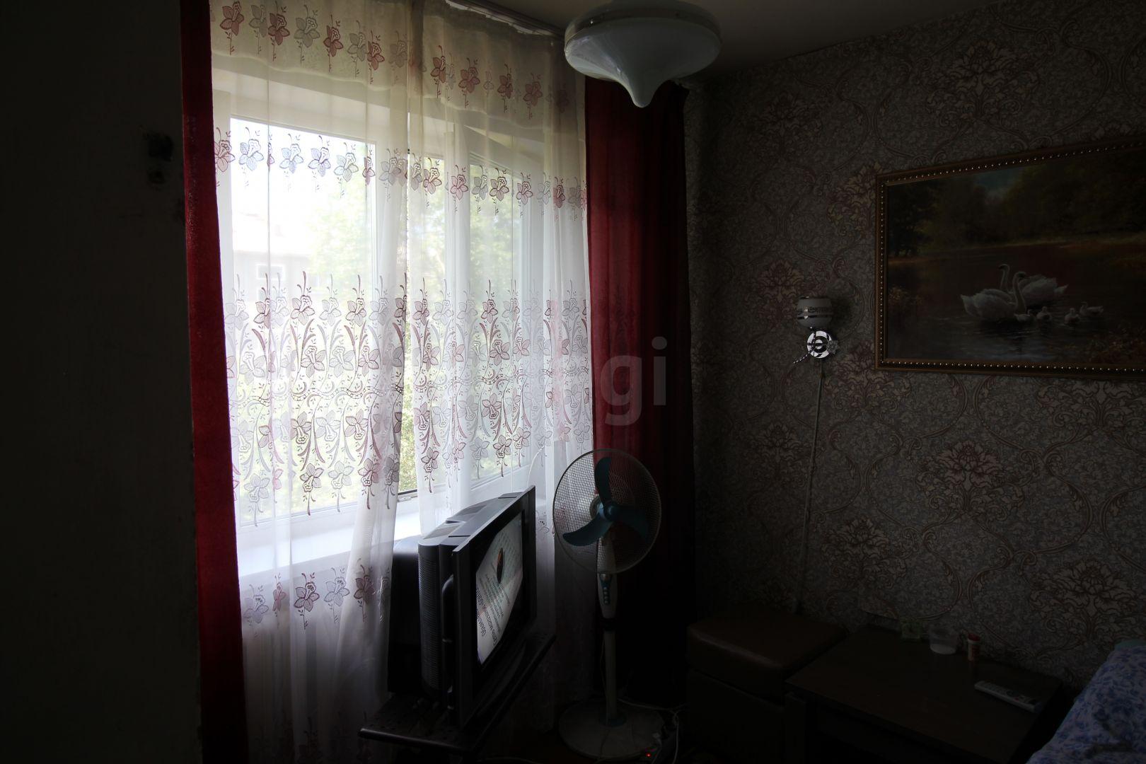 Продажа 4-комнатной квартиры, Красноярск, Красномосковская,  1