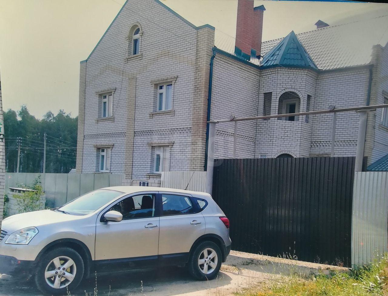 Красная Горбатка т., Заречная, дом кирпичный с участком 29 сотка на продажу