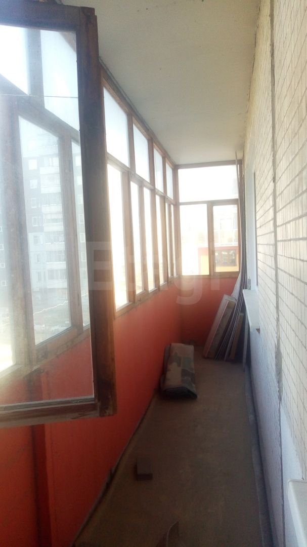 Продажа 1-комнатной квартиры, Красноярск, 9 Мая,  60а