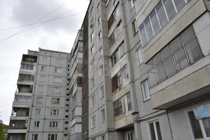 Продажа 2-комнатной квартиры, Красноярск, Комсомольский пр-т,  2