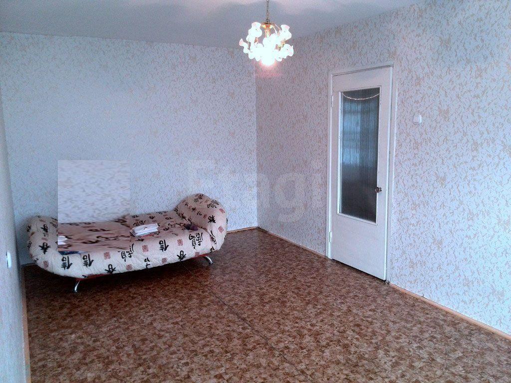 Продажа 1-комнатной квартиры, Красноярск, Комсомольский пр-т,  8