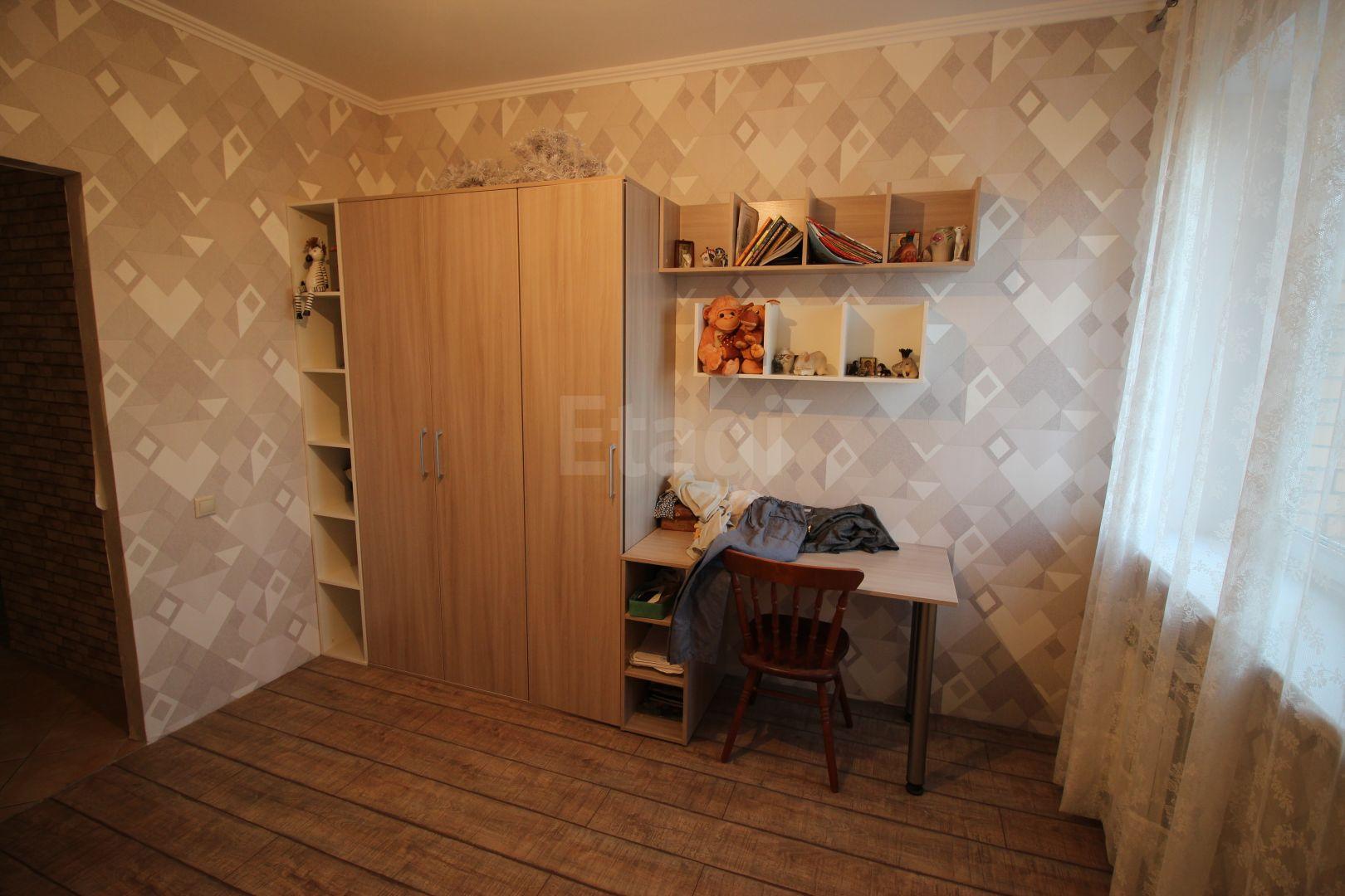 Продажа 3-комнатной квартиры, Красноярск, Белопольского,  2а