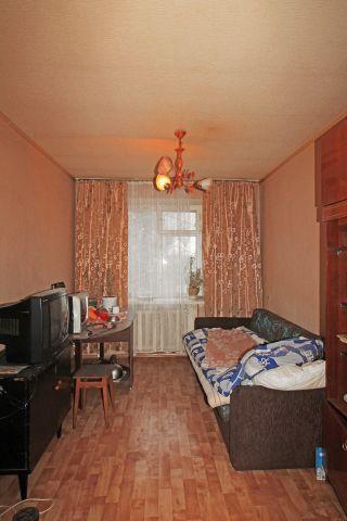 Продажа комнаты, г. Калуга, Гурьянова  4 к 1